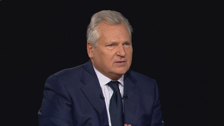 """Kwaśniewski o prezydenckich emeryturach i nie tylko w programie """"Tło"""". Nowy program w poniedziałki o 21:00 w Polsat News"""