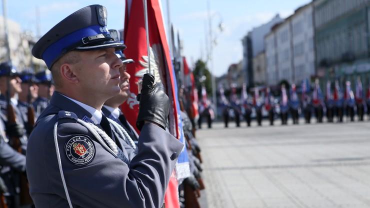 Błaszczak: od nowego roku podwyżki dla służb mundurowych
