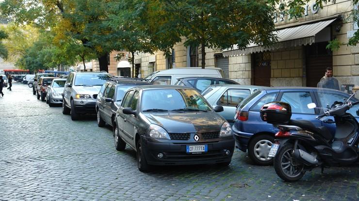 Włosi walczą ze smogiem. Ograniczenia ruchu dotyczyć będą łącznie 13 mln samochodów