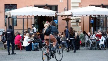 Włochy. Ponad 600 tys. kar i 47 milionów kontroli w związku z obostrzeniami