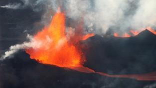 16.10.2021 05:58 Ewakuacja mieszkańców spod groźnego wulkanu we Włoszech. Mogli się udusić toksycznymi gazami