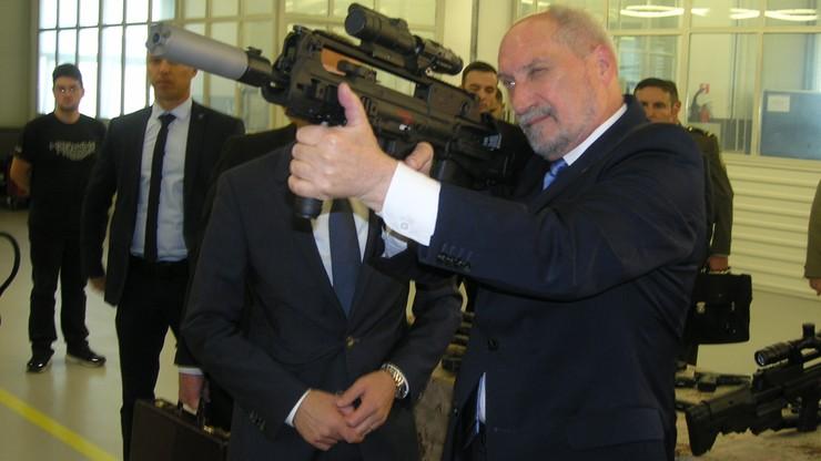 Szef MON w Albanii: zostaniemy na Bałkanach tak długo, jak trzeba