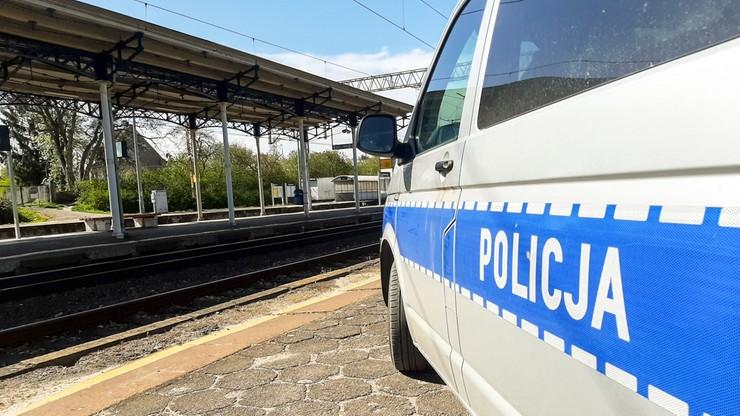 Zamiast być na kwarantannie, pijany podróżował pociągiem po Polsce
