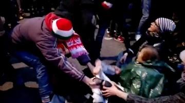 Nie pobili, okazali niezadowolenie - prokuratura ws. zajść na Marszu Niepodległości