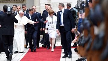 Tłumy wiernych, wielkie emocje, atmosfera święta. Pierwszy dzień wizyty papieża na zdjęciach
