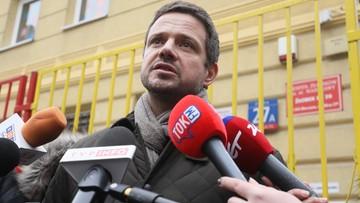 Trzaskowski: w sprawie budowy pomnika smoleńskiego powinno zostać zorganizowane referendum