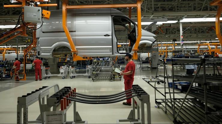 Producenci aut planują gigantyczne zwolnienia