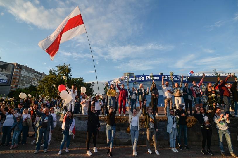 Mińsk. Wiec poparcia dla zatrzymanych i rannych uczestników protestów