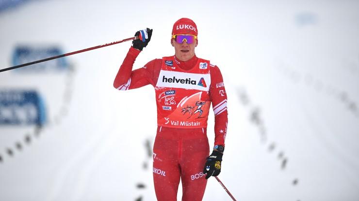 Tour de Ski: Zwycięstwo Bolszunowa w biegu na 15 km
