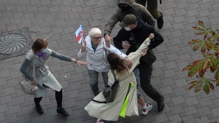Łukaszenka karze za protesty. 36 wyroków