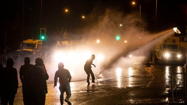 Zamieszki w Belfaście. Po raz pierwszy od 6 lat użyto armatek wodnych
