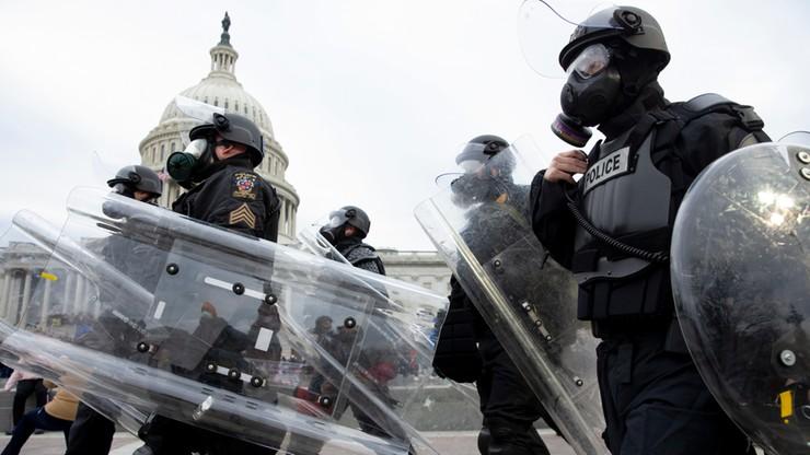Sympatycy prezydenta Trumpa wtargnęli na Kapitol. Wkracza Gwardia Narodowa