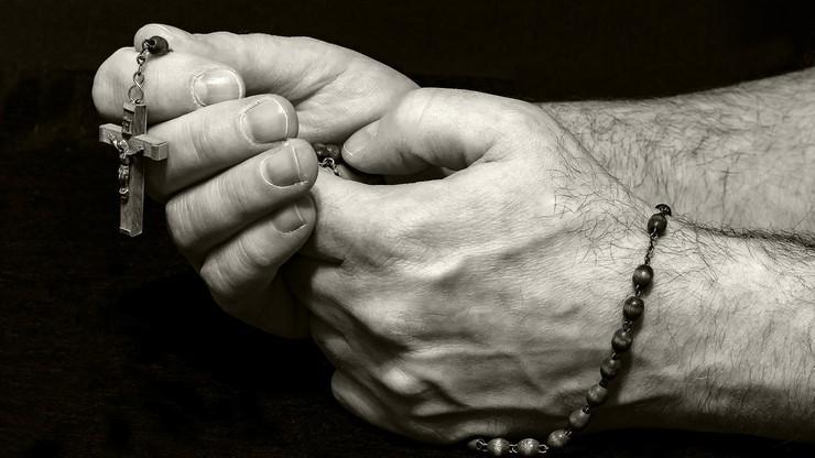 Ksiądz podejrzany o wykorzystywanie seksualne ministrantów