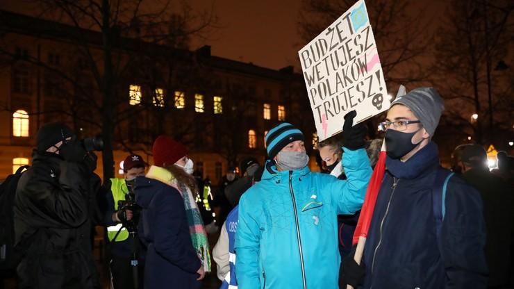 """""""Spacer dla Przyszłości"""". Policja zablokowała marsz w obronie klimatu"""
