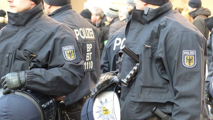 Zatrzymano podejrzanego o sprzedaż broni napastnikowi z Monachium. Był sympatykiem Breivika