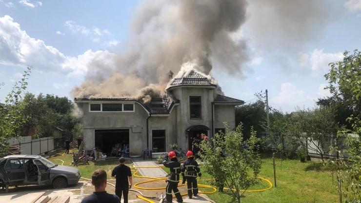 Ukraina. Samolot spadł na dom, zginął pilot i trzech turystów z USA