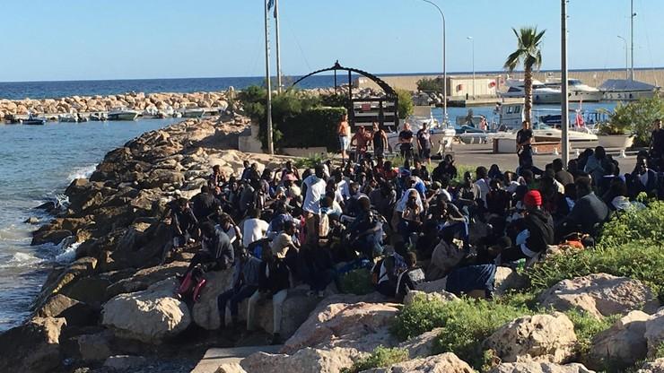 Ponad 275 tys. migrantów przybyło w tym roku do Europy