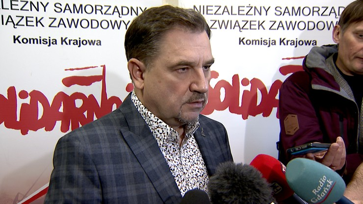 """Kilkadziesiąt tys. kary dla """"Solidarności"""" za banery. Duda: sytuacja skandaliczna"""