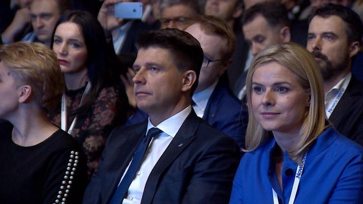 Petru i Schmidt żądają od Kuchcińskiego po 50 tys. zł za zakaz wjazdu autem na teren Sejmu