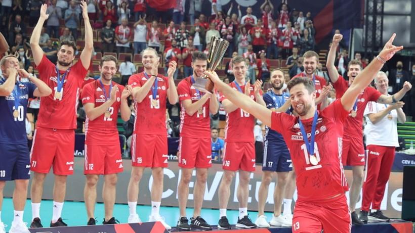 """Polscy siatkarze odebrali medale ME. Piękna ceremonia w """"Spodku"""""""