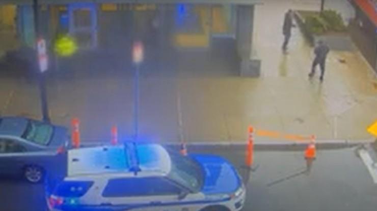 Leżał ranny bez broni. Policjanci oddali do niego 31 strzałów w ciągu 3 sekund