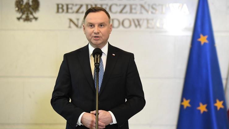 Prezydent chce specjalnego posiedzenia Sejmu w związku z koronawirusem. Jest reakcja Witek