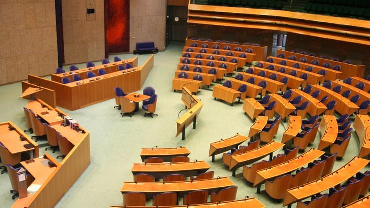 Holandia chce postawić Polskę przed TSUE. Parlament przyjął uchwałę