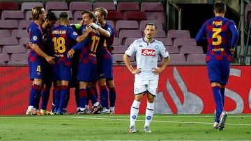 Barcelona pokonała Napoli i gra dalej
