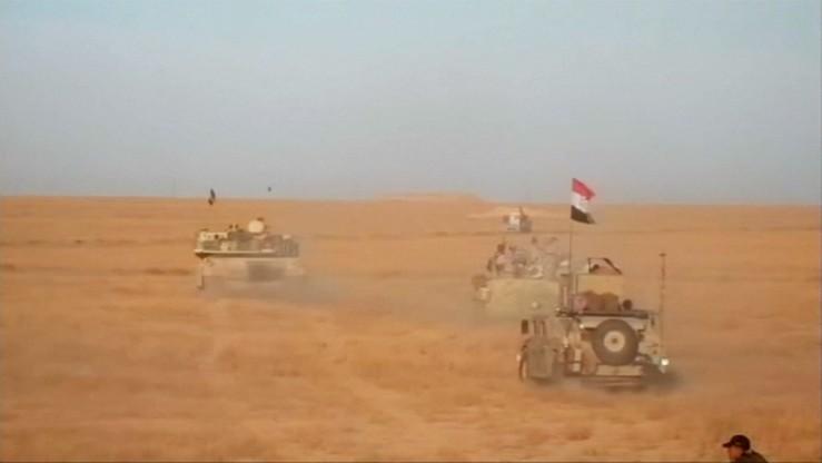 """""""Pokonaliśmy ich w krótkim czasie"""". Premier Iraku ogłosił koniec wojny z Państwem Islamskim"""