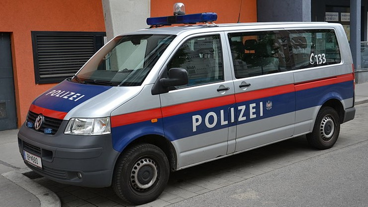 Policjanci w Niemczech wyważyli drzwi w mieszkaniu 88-latki. Pomylili się