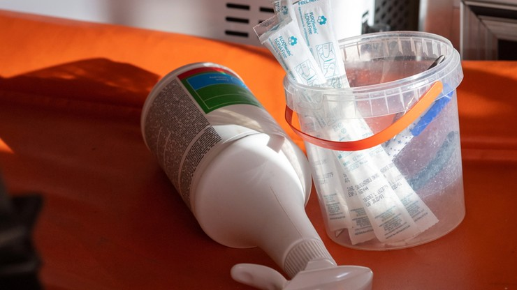 Teść zmarł z powodu koronawirusa - rodzina alarmuje, że długo czekała na testy. Sanepid wyjaśnia
