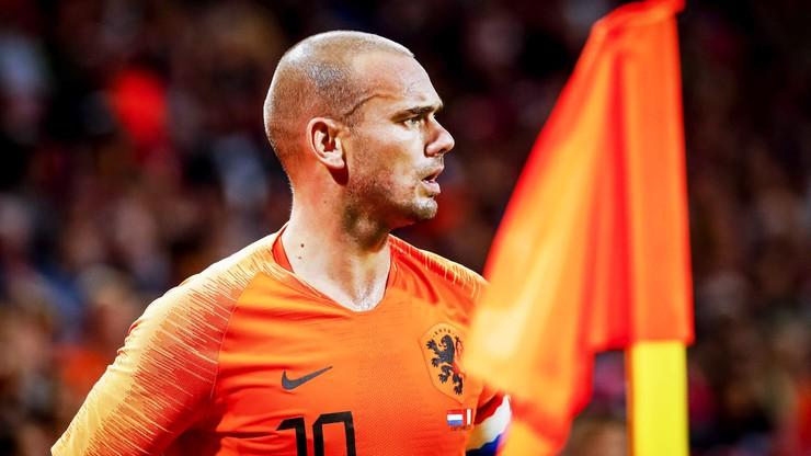Legenda holenderskiej piłki wznowi karierę? Wkrótce ma rozpocząć treningi