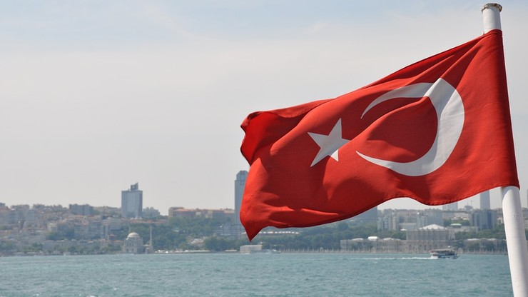 13 tys. policjantów w Turcji zawieszonych. Za związki z Gulenem