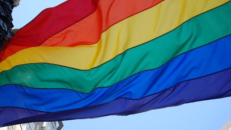"""Skazanie za odmowę druku ulotek LGBT. Ministerstwo Sprawiedliwości interweniuje, bo wyrok to """"niebezpieczny precedens"""""""