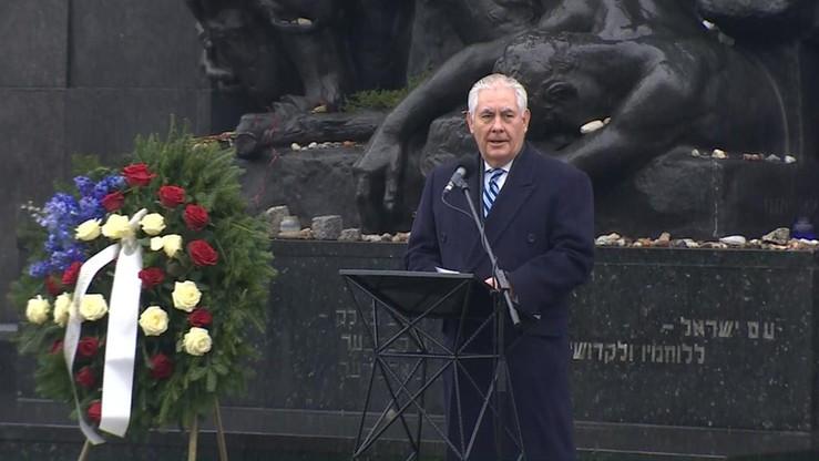 """Tillerson oddał hołd ofiarom Holokaustu. """"Nigdy nie możemy pozostać obojętni wobec zła"""""""