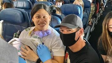 """Urodziła dziecko w samolocie. """"Nie wiedziałam, że jestem w ciąży"""""""