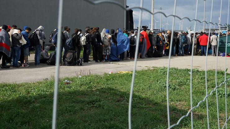 Sondaż: 58 proc. Francuzów negatywnie ocenia skutki imigracji
