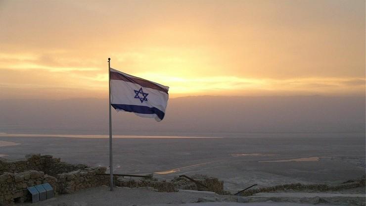 Siły izraelskie zestrzeliły flagę ze swastyką zawieszoną na linii energetycznej