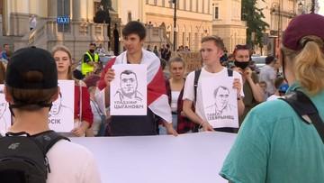 Błagamy cały świat o pomoc. Polacy pomóżcie - łzy Białorusinek na manifestacji w Warszawie