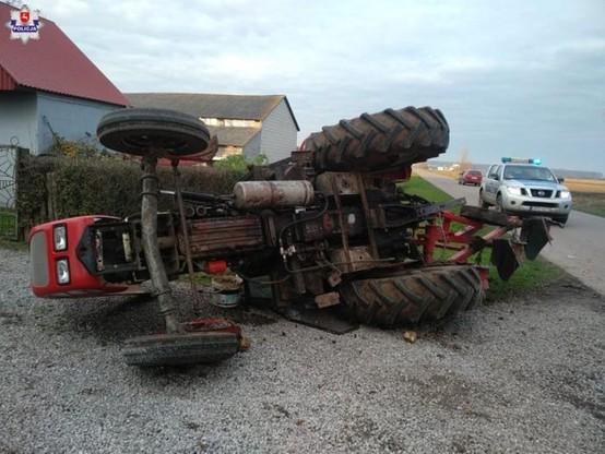 Kierowca ciągnika nie zasygnalizował skrętu w lewo