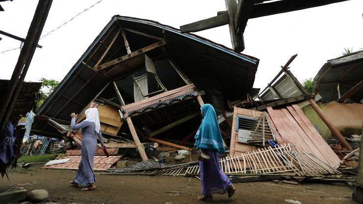 45 tys. osób bez dachu nad głową po trzęsieniu ziemi w Indonezji