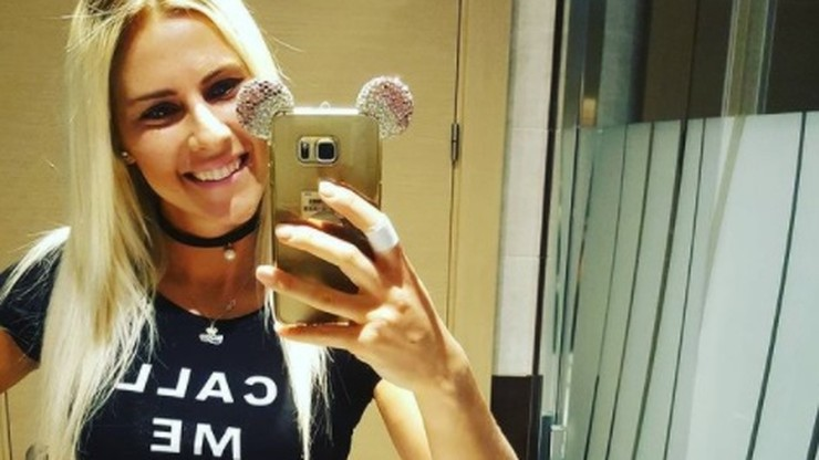 Elena Babkina w odważnej, cukierkowej sesji! Rzuciła fanów na kolana
