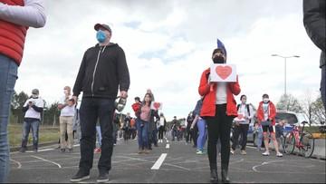Medycy z Polski zapowiadają protest. Nie chcą wybierać między domem a pracą