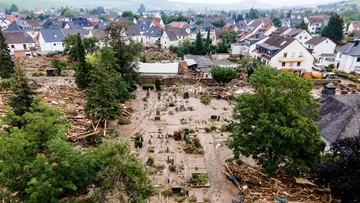 Wiedzieli o nadchodzących powodziach cztery dni wcześniej. Szef MSW odrzuca krytykę
