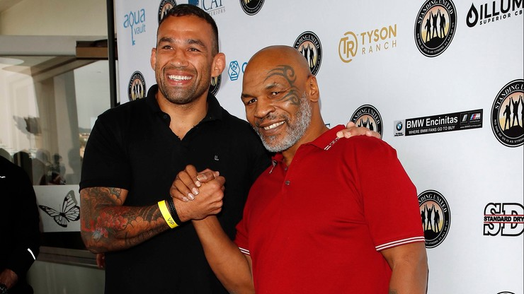 UFC: Weterani wagi ciężkiej zmierzą się na jubileuszowej gali