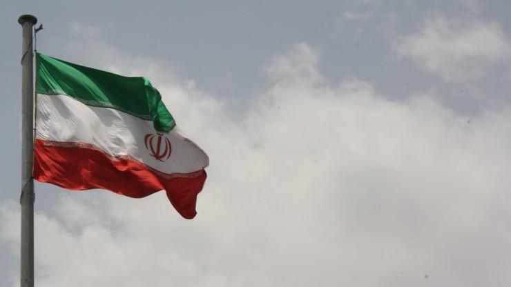 12 ofiar śmiertelnych zamachów w Teheranie. Sprawcy ataku na parlament nie żyją