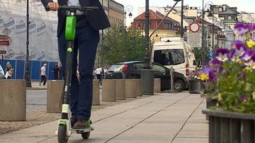 Elektryczne hulajnogi jak rowery. Ministerstwo proponuje ograniczenie prędkości