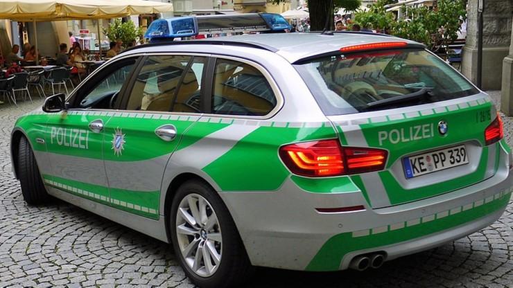Kierowca staranował grupę pieszych w Niemczech. Możliwy motyw ksenofobiczny