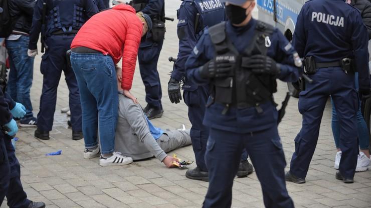 """""""Wszelkie zgromadzenia będą nielegalne"""". Policja ostrzega przed planowanymi protestami"""