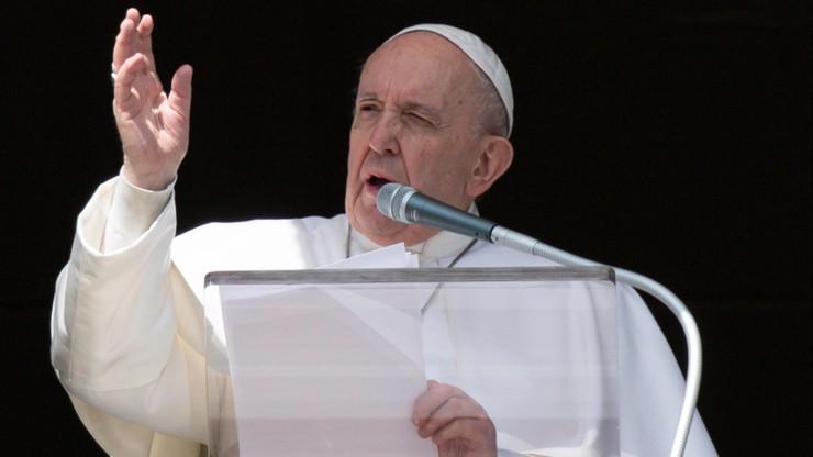 """Papież leci na pielgrzymkę. """"Najbardziej niebezpieczna podróż tego pontyfikatu"""""""